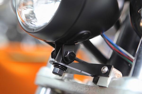 Lampenhalter (Scheinwerferhalter) VA für BMW K 75 und K 100 Modelle