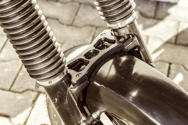Gabelstabilisator BMW K 75 & K 100 mit Vorderradgabel 41.4 mm