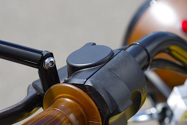 Choke Abdeckkappe schwarzmatt eloxiert mit Gewinde für BMW R 45 bis R 100 R und K 75, K 100 und K 11