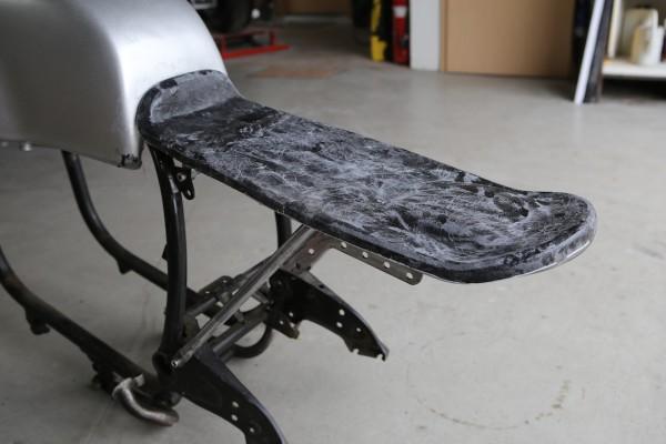 Sitzbankschale »Monolever« für BMW R 65, R 80 und R 100