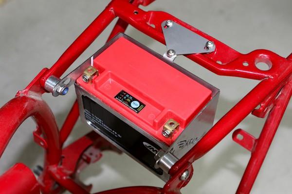 Batteriekasten Edelstahl BMW Twinshocks R 45 bis R 100 für leichte Lithium-Ionen-Batterie