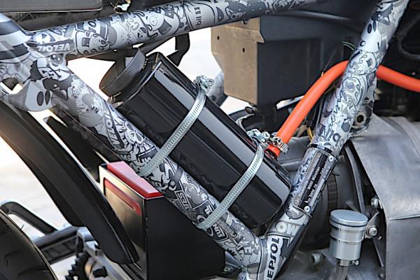 Ausgleichsbehälter Kühlflüssigkeit für K-Modelle