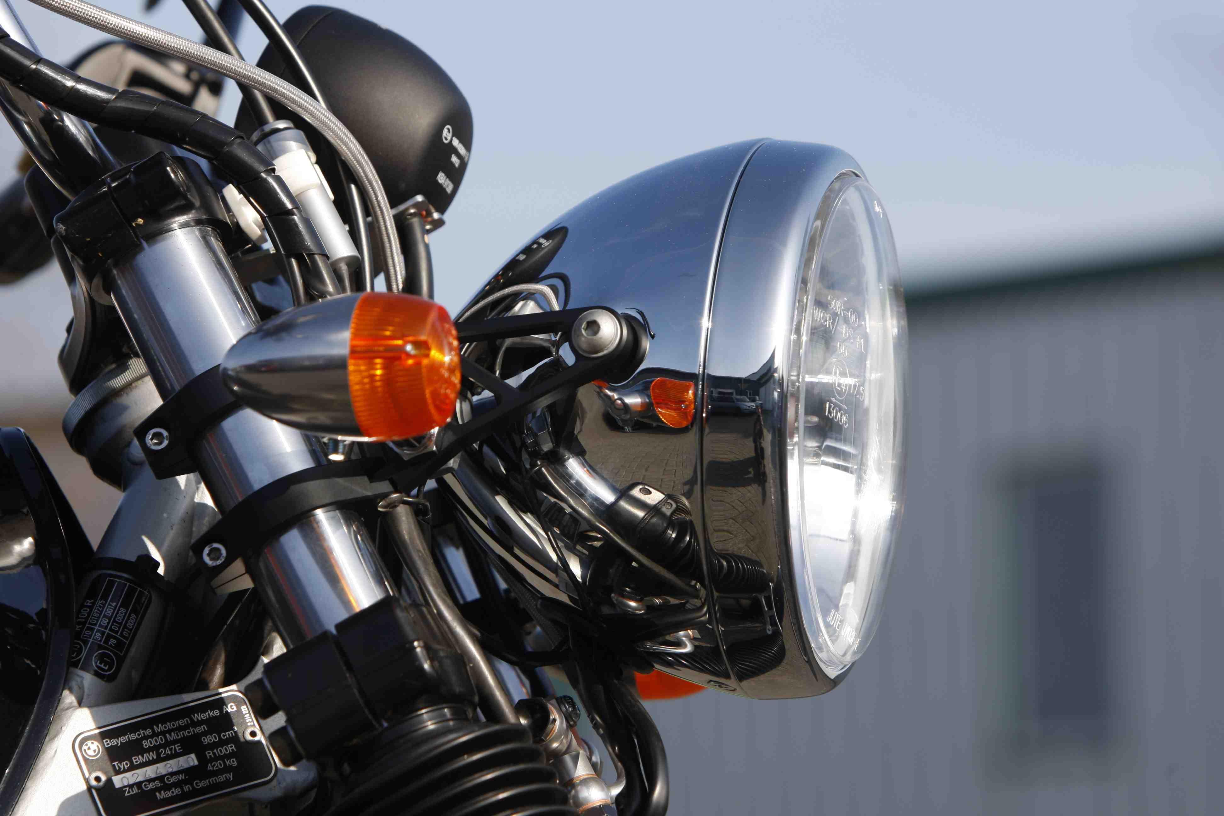 Scheinwerfer Reno 7 Zoll Scheinwerfer Lampenhalter Beleuchtung Hupe Shop Krad Werk Krad Werk